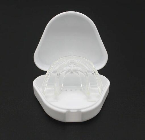Appareil dentaire de nuit transparent